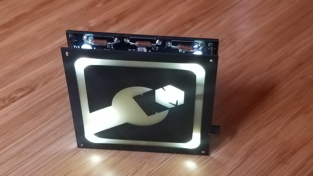 badge-backlit